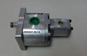 Шестеренчатый насос сдвоенный  для погрузчика UNC 060,  UNC 061.